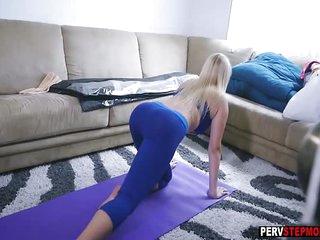 Sexy busty MILF stepmom sucked a stepsons big fat cock