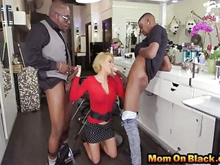 Mature hair stylist gets asshole blacked