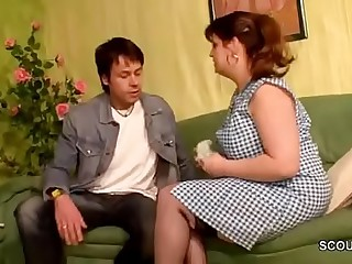 German Mom Sedcue to Fuck by Young Boy of her Friend