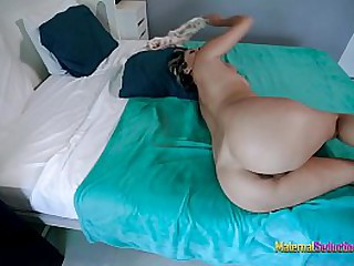 Mom is hot and wants to s. in the same bed as Me - Nikki Brooks