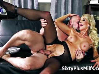 Busty Mature Slut Loves to Do Anal Having Her Blonde Body And Ass Filled With Cock
