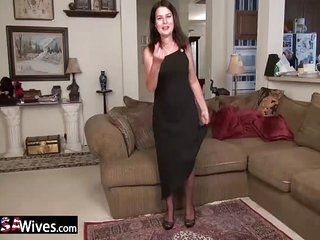 USAWives Horny old mature senior Lori masturbation