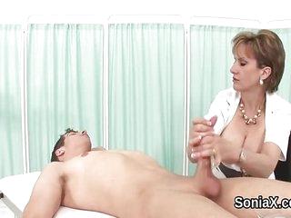Unfaithful british mature lady sonia displays he