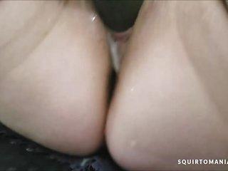 SEXY HOT Mature Big and Beautiful Woman ORGASM